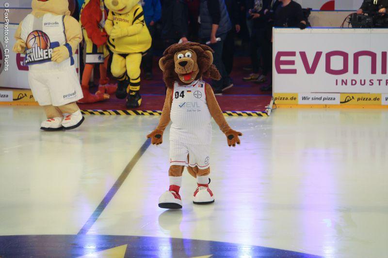 Eisfussball2015-Lionel-0283.jpg