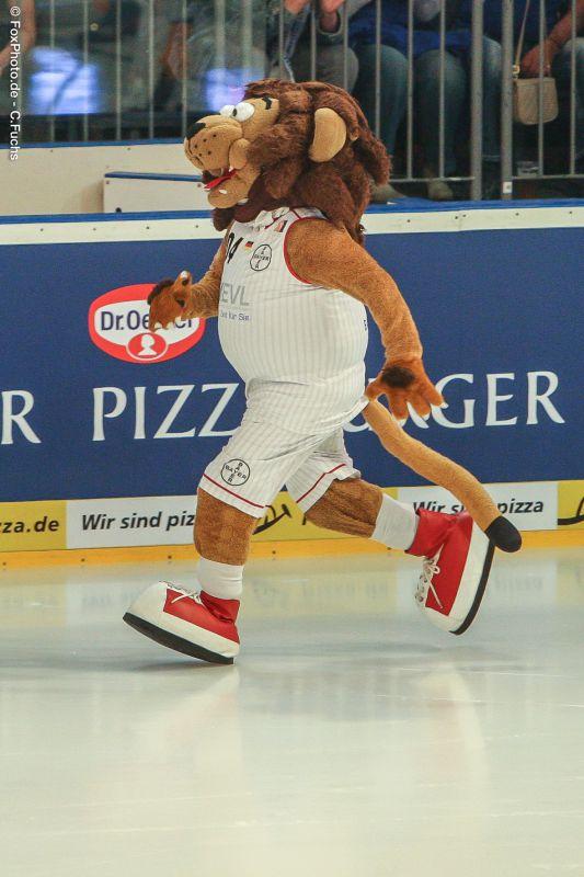 Eisfussball2015-Lionel-0357.jpg