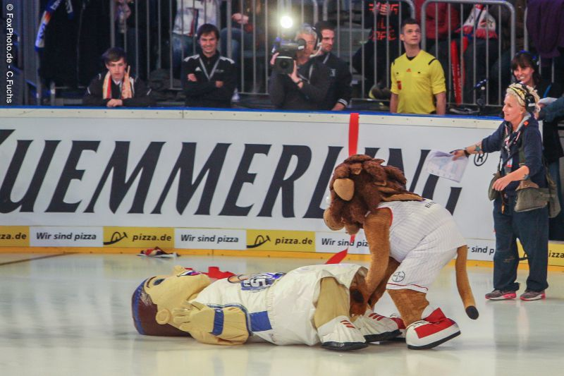 Eisfussball2015-Lionel-0415.jpg